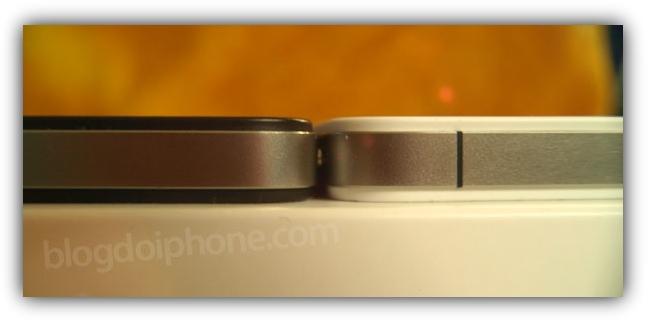 Белый и черный iPhone 4