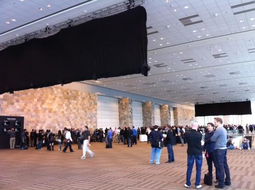 WWDC 2011 - Второй черный банер