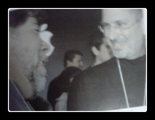 Стив Джобс и Стив Возняк в 2005 на событии Macworld